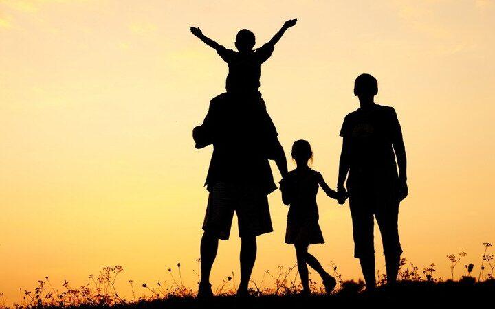 Gia đình gắn kết hơn nhờ những bí quyết sau