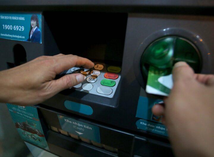 Ngân hàng nhà nước cảnh báo về giao dịch chuyển tiền cờ bạc, cá độ bóng đá